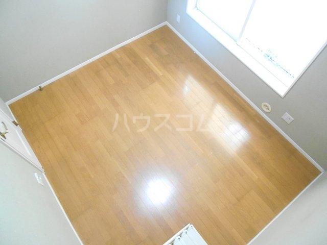 ロッシェル相模原一号棟 0203号室の居室