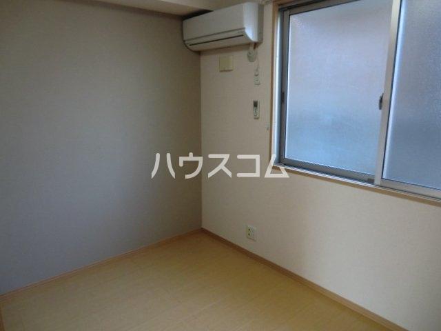 カーサコモダ天カ須賀 303号室のベッドルーム