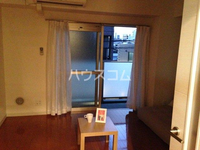 プロシード太閤通 603号室のリビング