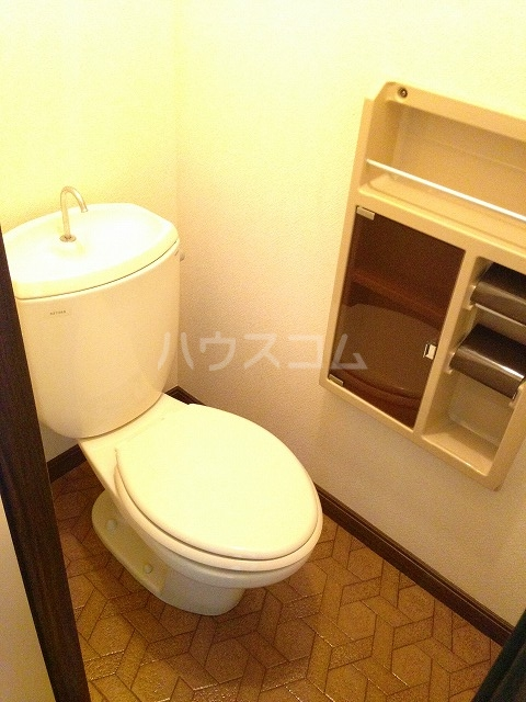 サンクレール 106号室のトイレ