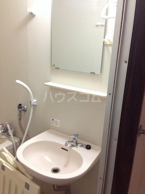 サンクレール 106号室の洗面所