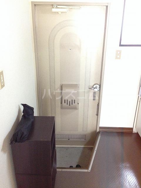 サンクレール 106号室の玄関