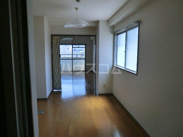 MSビル 402号室の収納