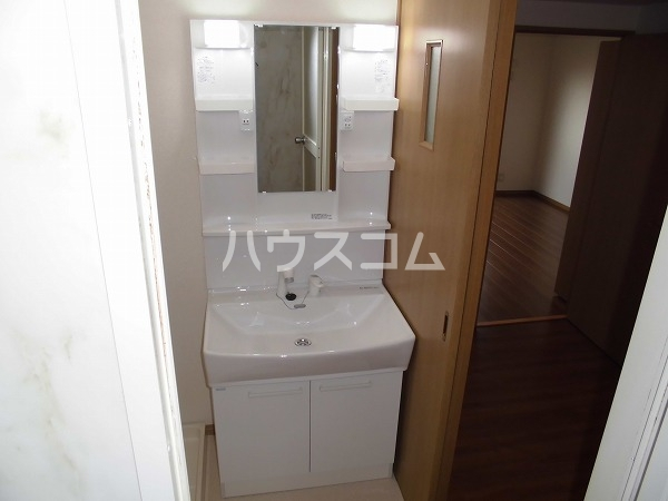 グレースⅠ 103号室の洗面所