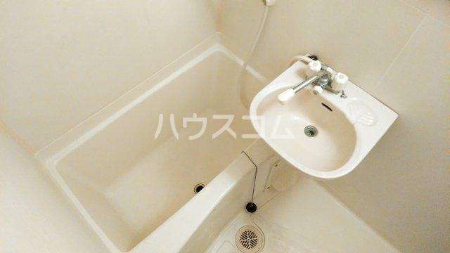 ヴィラクール 104号室の風呂