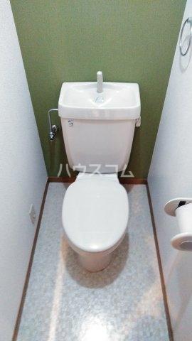 ヴィラクール 104号室のトイレ