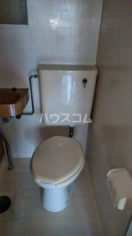 キャビン ウエスト 4A号室のトイレ