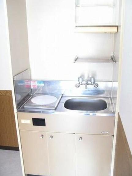 トップ桜新町第2 407号室のキッチン