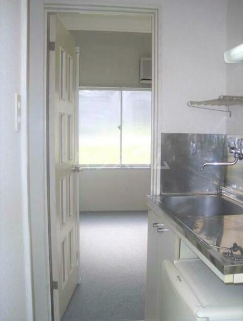 フォンディ哲学堂 102号室のキッチン