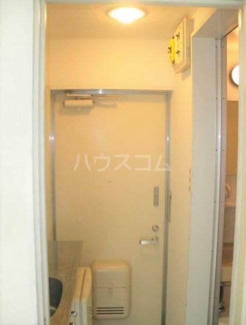 フォンディ哲学堂 102号室の玄関