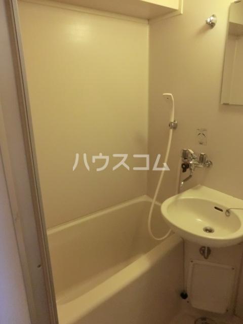 厚木メゾンドパンセ 202号室の風呂