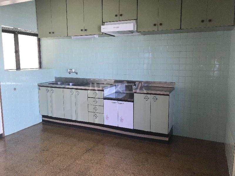 山里コーポ 301号室のキッチン