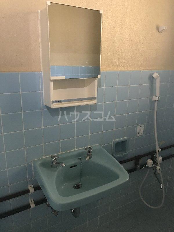 山里コーポ 301号室の洗面所