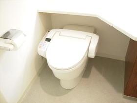 LANAI HERITAGE 116号室のトイレ