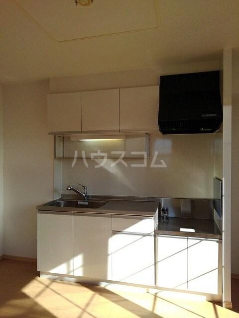 サニーコート 02040号室のキッチン