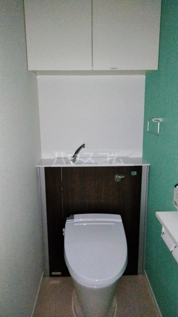 キングキャッスル 壱番館 01080号室のトイレ
