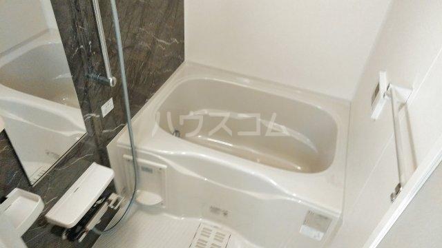 キングキャッスル 弐番館 01050号室の風呂