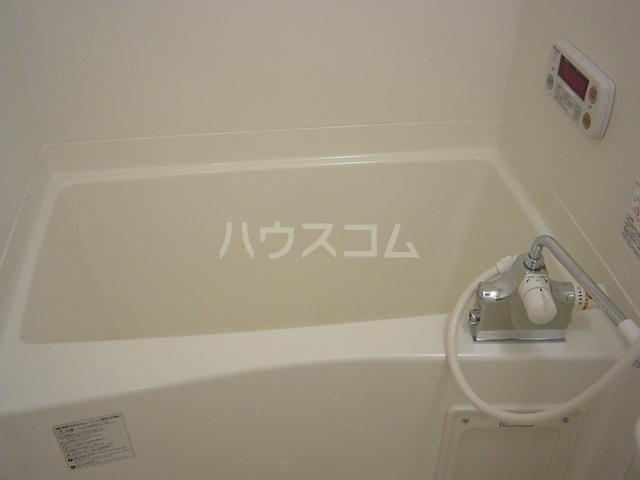 ウエストリバー宮浦 101号室の風呂