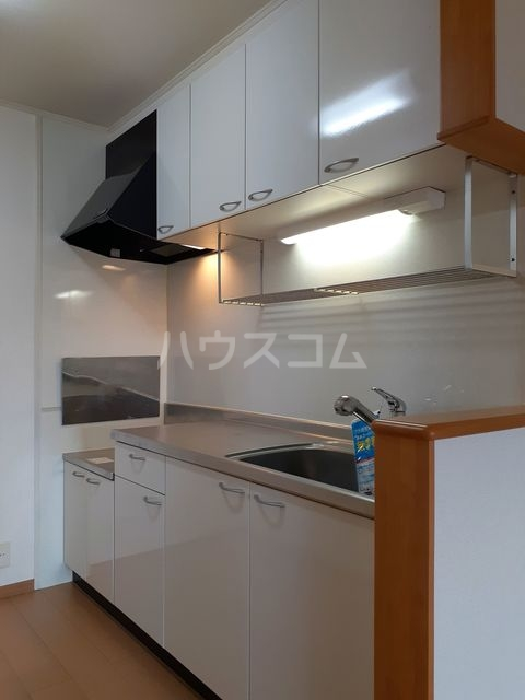 エスティーム 02030号室のキッチン