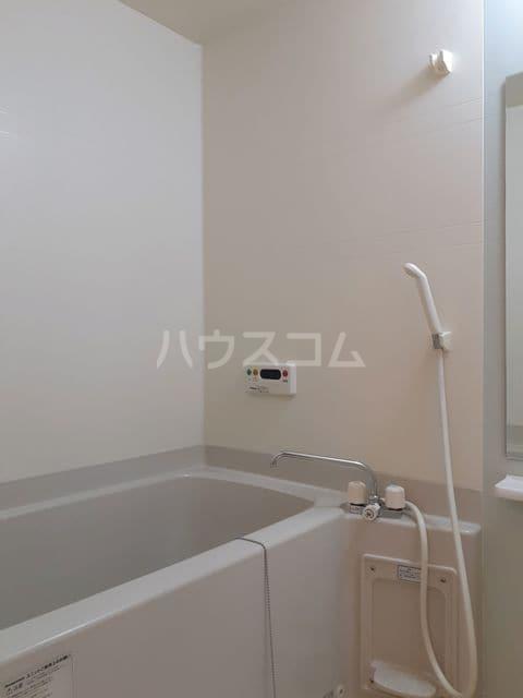 エスティーム 02030号室の風呂