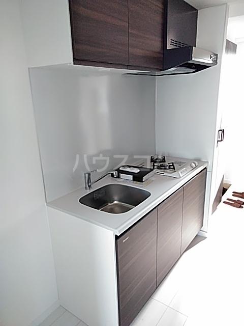 HF世田谷上町レジデンス 201号室のキッチン
