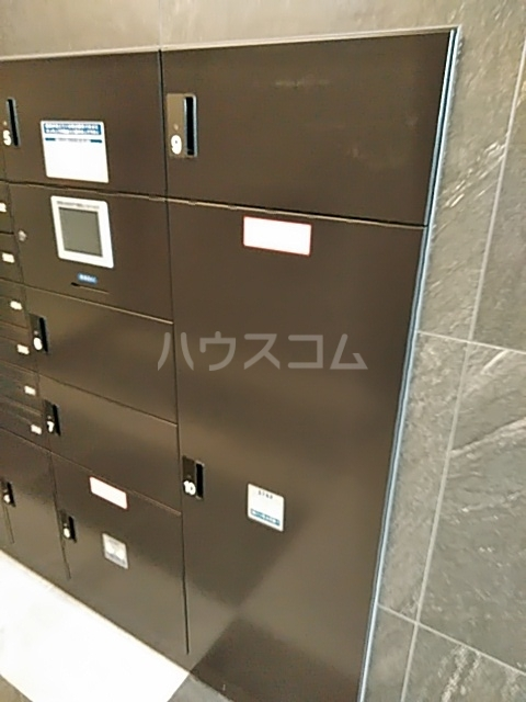 HF世田谷上町レジデンス 201号室の駐車場