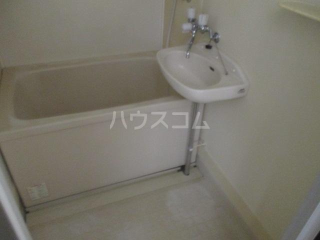 ハイツ杉山 10G号室の風呂