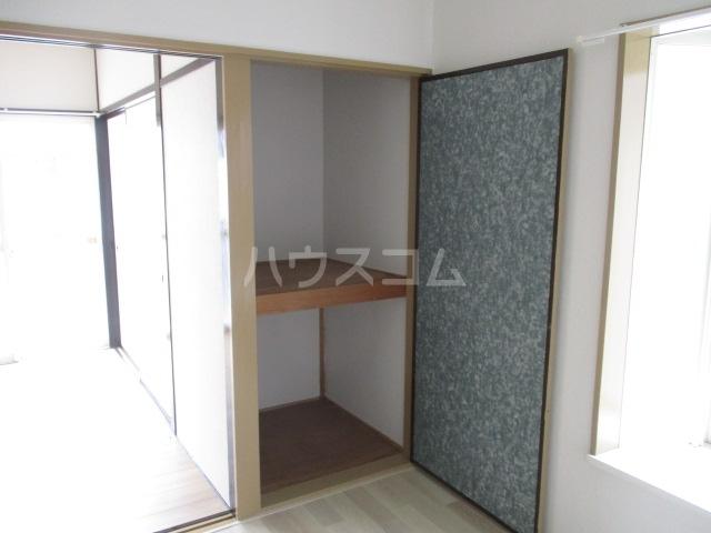 ハイツ杉山 10G号室の居室