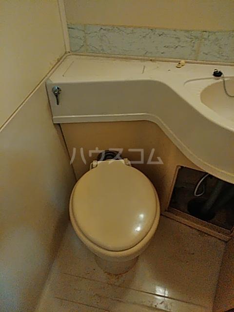 フラッツ大橋 206号室のトイレ