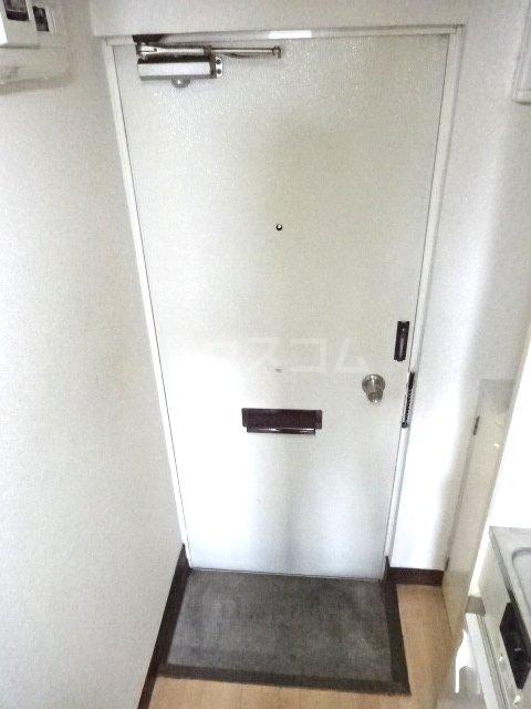 パルーム金ヶ作 106号室の玄関