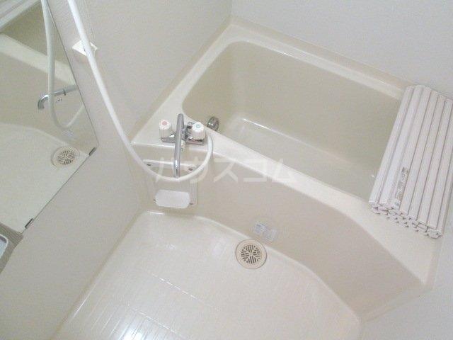 フロイデ宮竹 106号室の風呂