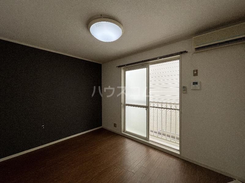 ルネッサンス 101号室の居室