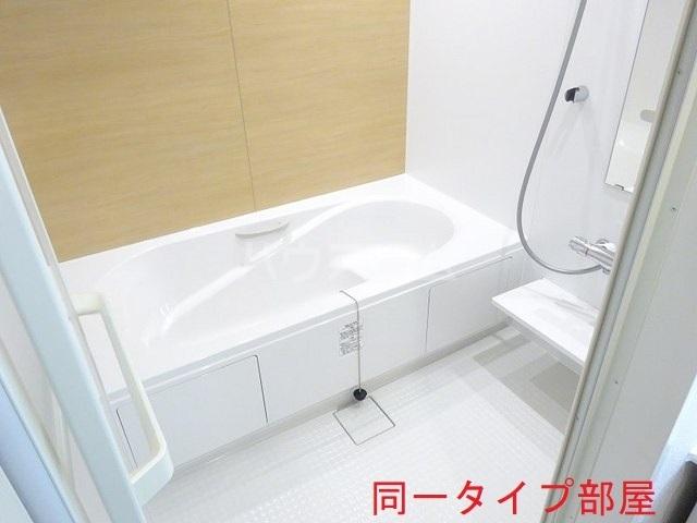 ウッドパークⅡ B 01020号室の風呂
