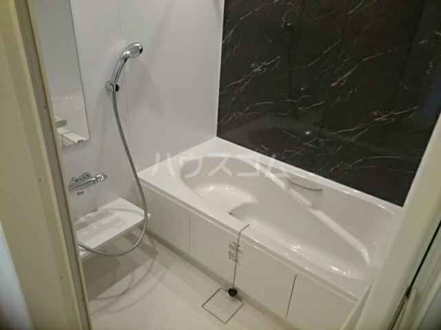 ウッドパークⅡ B 02020号室の風呂