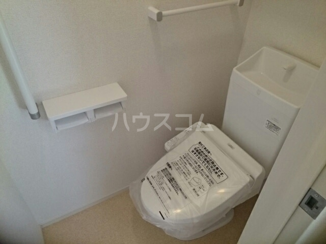 ウッドパークⅡ B 02020号室のトイレ