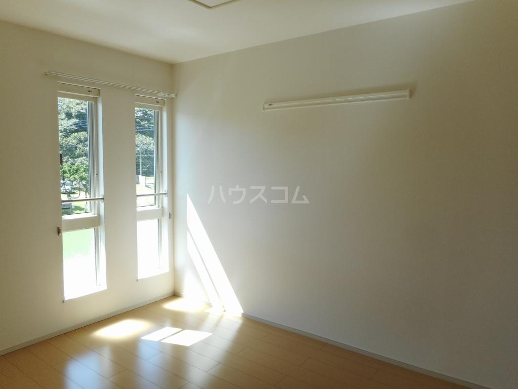 グレース レジデンス壱番館 02020号室のベッドルーム