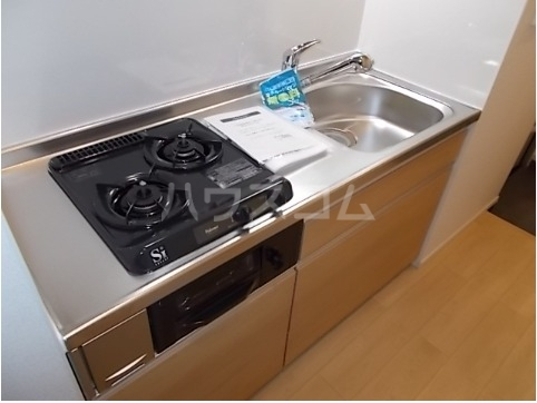 ホワイトセイル 03010号室のキッチン