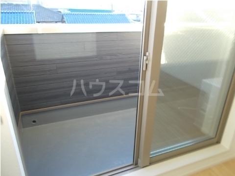 ホワイトセイル 03010号室のバルコニー