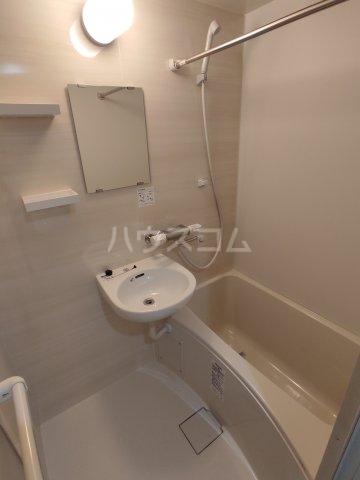 インベスト蒲田42 102号室の風呂