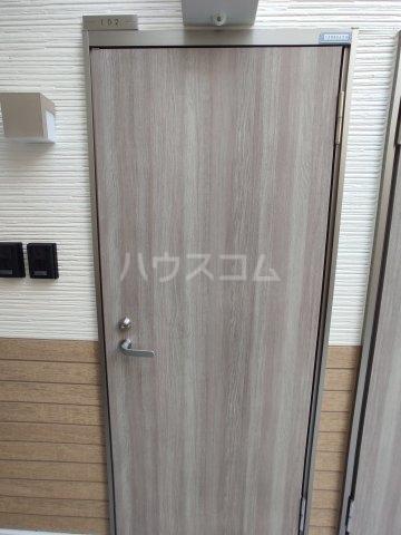 インベスト蒲田42 102号室の玄関