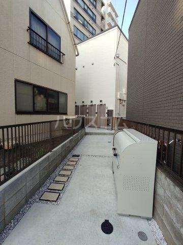 インベスト蒲田42 102号室のエントランス