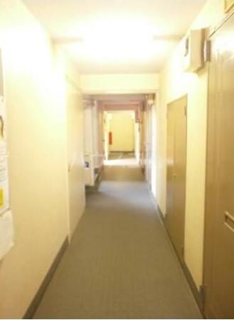 メゾン・ド・タンブール 0203号室のロビー