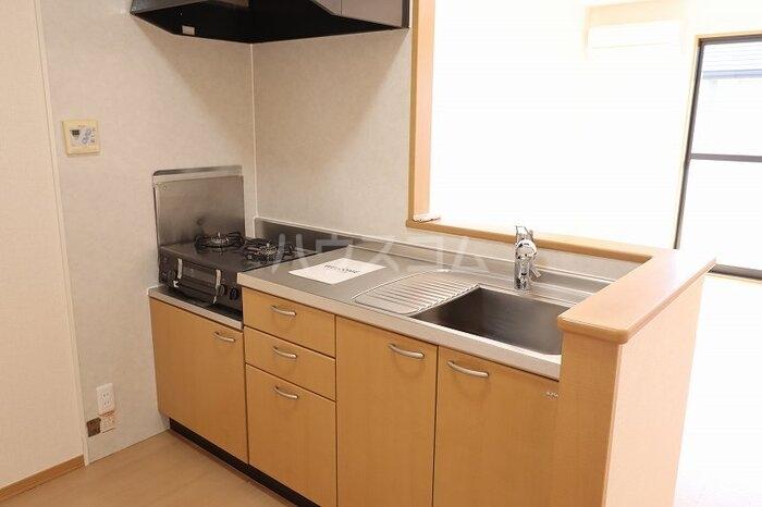 マノワールD 202号室のキッチン