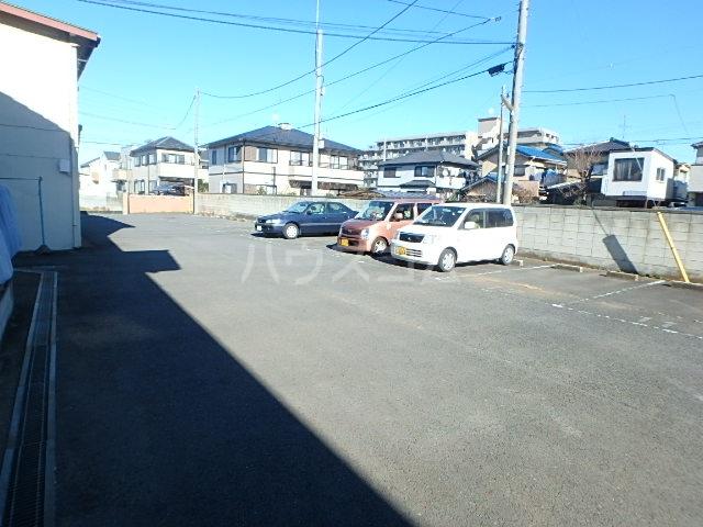 トヨコーポ 205号室の駐車場