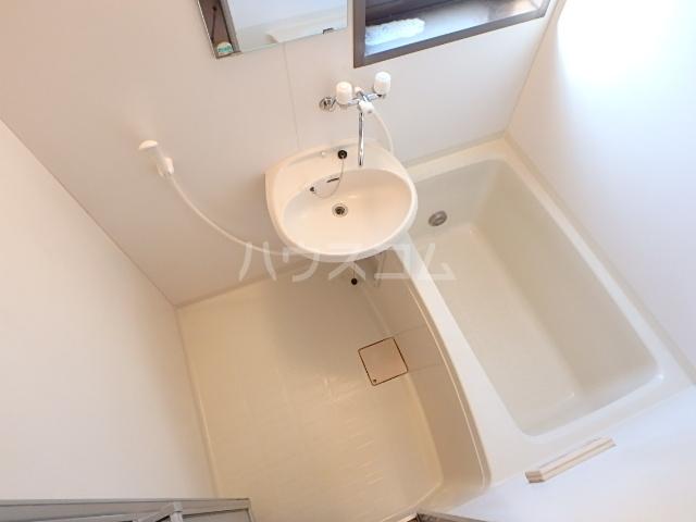 トヨコーポ 205号室の風呂