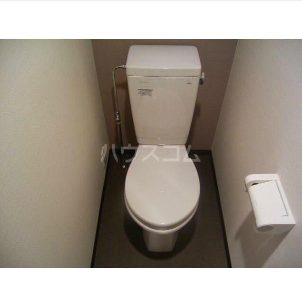 フェニックス横濱吉野町 803号室のトイレ