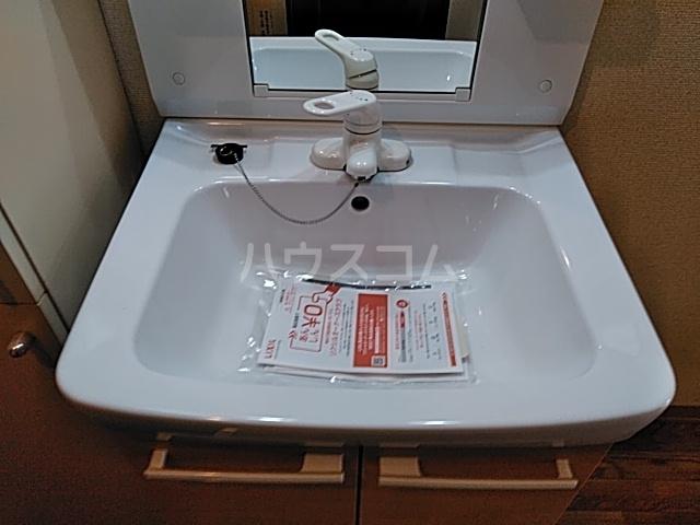 キャピタルミサト 208号室の収納