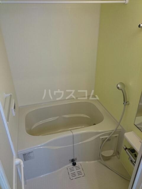 アルジャン 02020号室の風呂