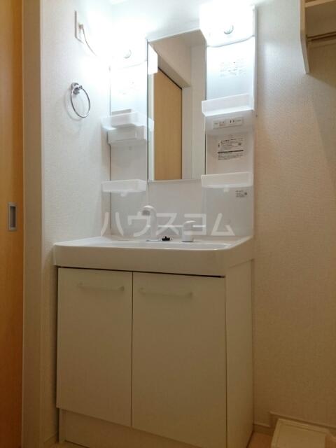 アルジャン 02020号室の洗面所