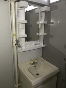 東船橋和光台ハイツ2号棟 512号室の洗面所